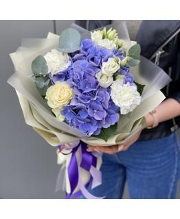 Букет з гортензії, еустоми, гвоздики і троянди Хелен
