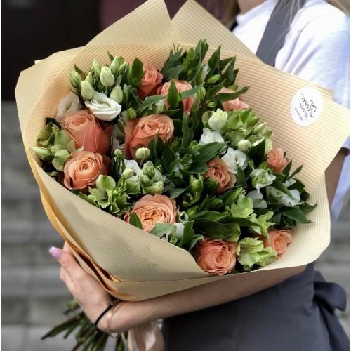 Букет з троянд, альстромерії і еустоми Елегантний