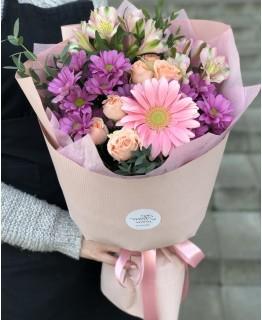 Букет з альстромерії і хризантеми Розчулення