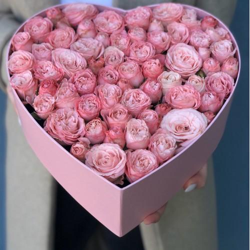 Коробочка з кущових троянд Лоліта