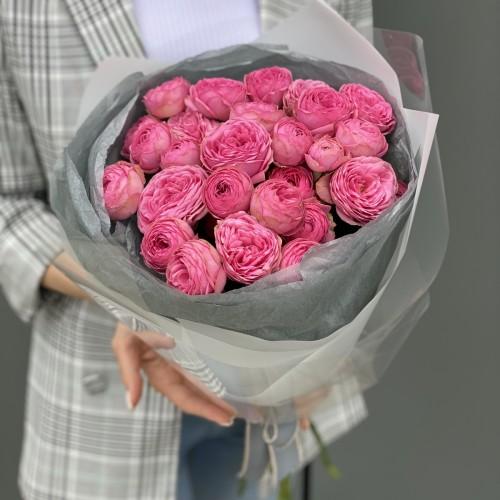 Букет з кущових троянд Жизель