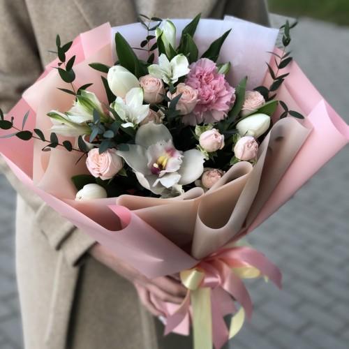 Букет з тюльпанів та цимбидиума Симона
