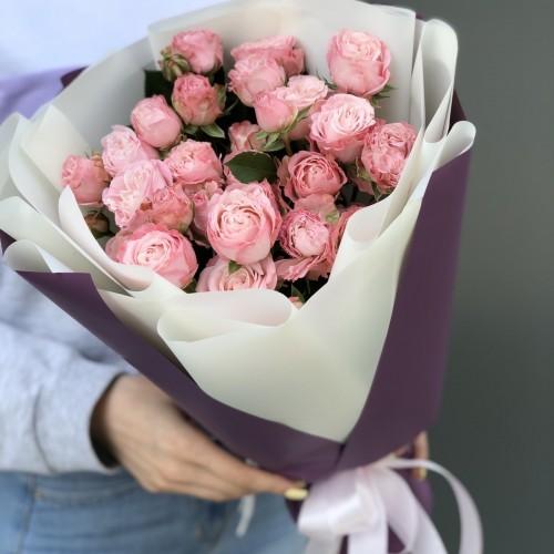 Букет з кущових троянд Милашка