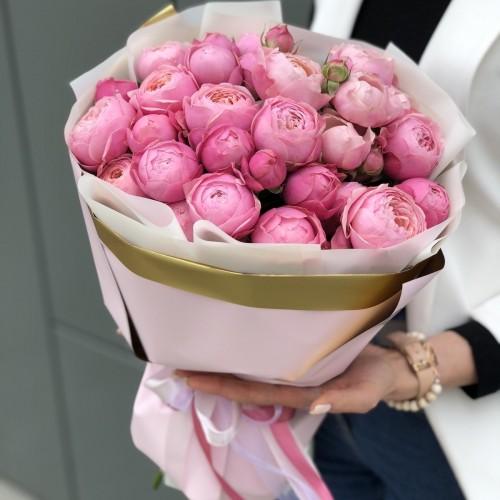 Букет з піоновидних троянд Евіан