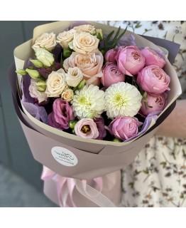 Букет з жоржин, еустоми та кущових троянд Сонячні промені